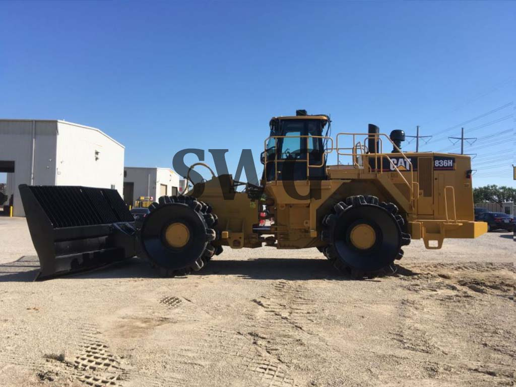 Caterpillar 836H - Used construction machines for sale in USA & Canada