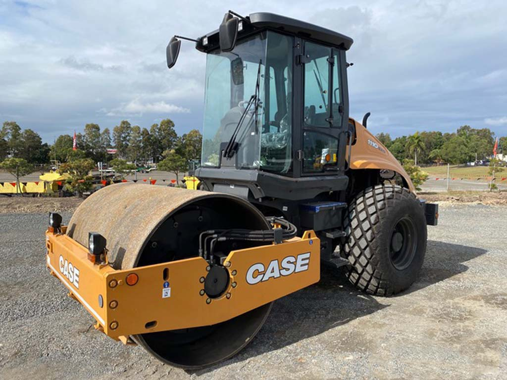 CASE 1110EX - Used Equipment Auctions in Mexico, Ghana, Chile, USA & Canada